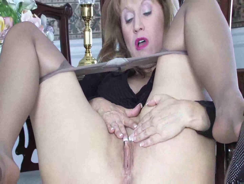 clips Mature pantyhose
