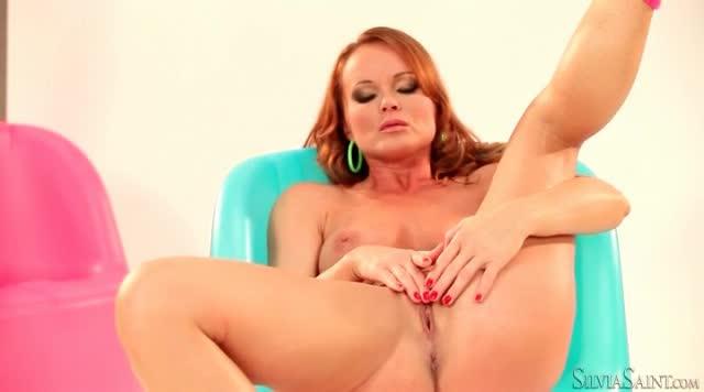 Silvia is masturbating