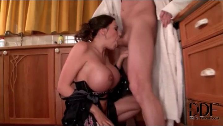 blonde lesbienne massage porno