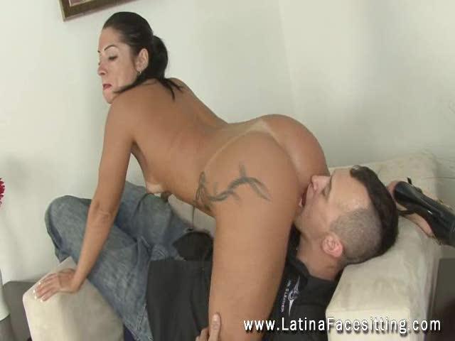 facesitting latina