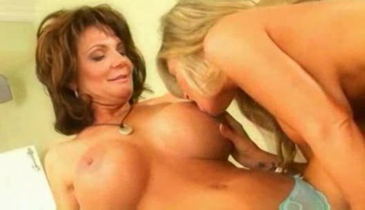 Lesbian porn star video clip