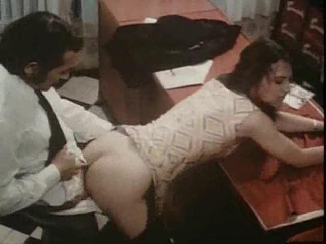ретро фильмы порно анал с секретаршей
